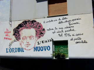 mural gramsci